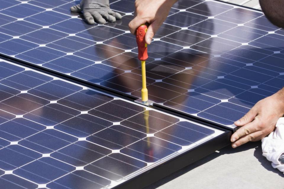 manutenzione-impianto-fotovoltaico-moduli-1588868853.png